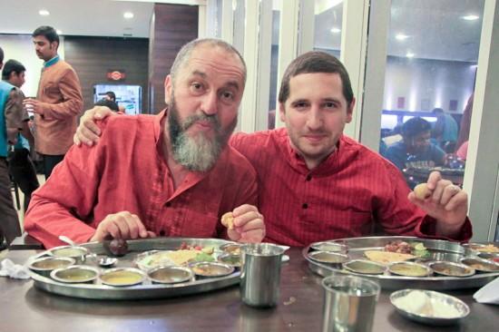 Liviu şi Bogdan în India